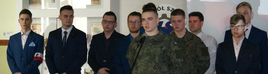 Święto Patrona Szkoły - Zespół Szkół im. Armii Krajowej w Jedliczu