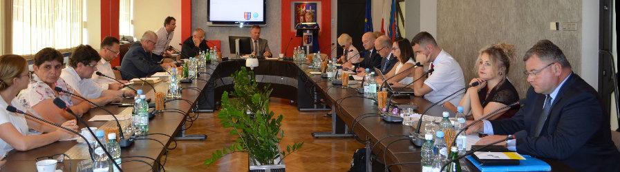 Z obrad IX sesji Rady Powiatu Krośnieńskiego