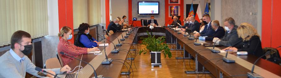 Z obrad XXI nadzwyczajnej sesji Rady Powiatu