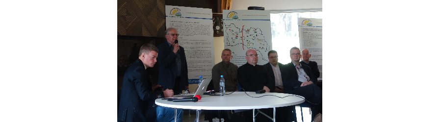 Konferencja turystyczna w Puławach Górnych