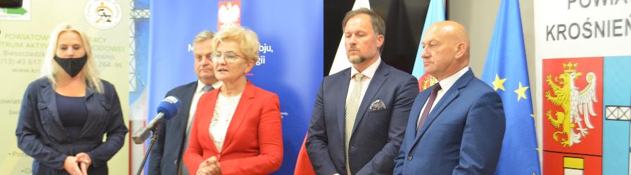 Wiceminister Iwona Michałek z wizytą na Podkarpaciu